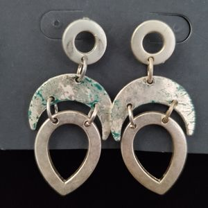 NWT Distressed Marbled Silvertone Earrings